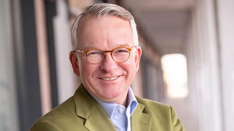 Wie wird man Honorarkonsul und die Erfolgsgeschichte von Dr. Til Assmann